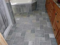 keramik-lantai-kamar-mandi-motif-batu-alam.jpg
